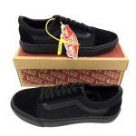 Sepatu Branded Old School Warna Hitam 152