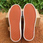 Sepatu Pria Model Old School Hitam 158
