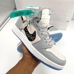 Sneakers Paling Di Buru Tahun Ini