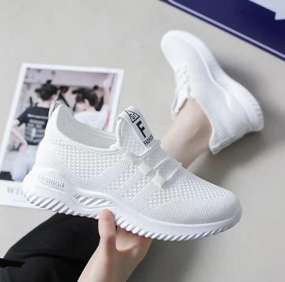 Sepatu Wanita Warna Putih