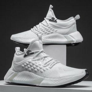 Sneakers Pria Terbaru Model Tahun 2021