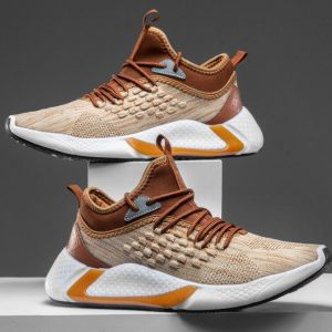 Sneakers Pria Warna Coklat Terbaru
